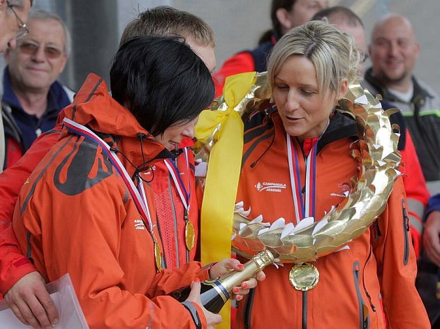 Vyhlášení výsledků Rally Rejvíz: vítězové národní soutěže posádek s lékařem Jeseníky Team