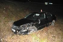 Řidič havaroval mezi obcemu Bludov a Postřelmov.