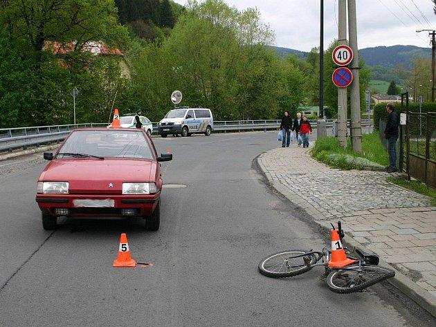 Místo střetu citroenu s malým cyklistou