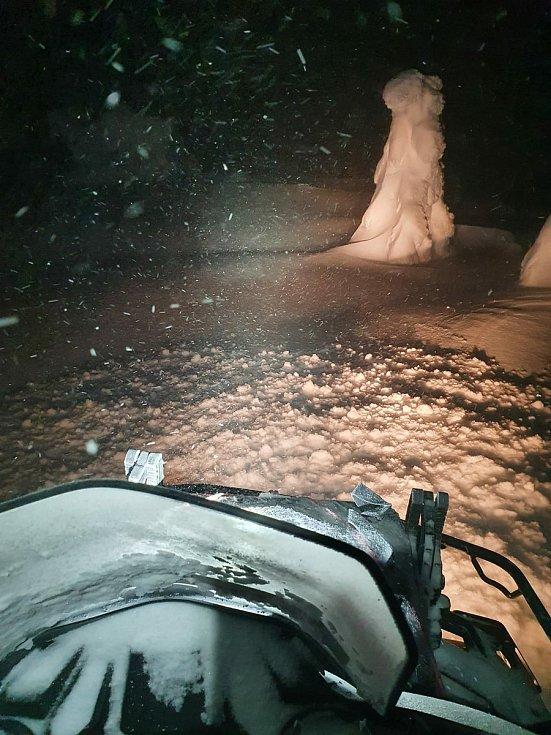Zásah Horské služby Jeseníky při záchraně bivakujícího v neděli 17. ledna.