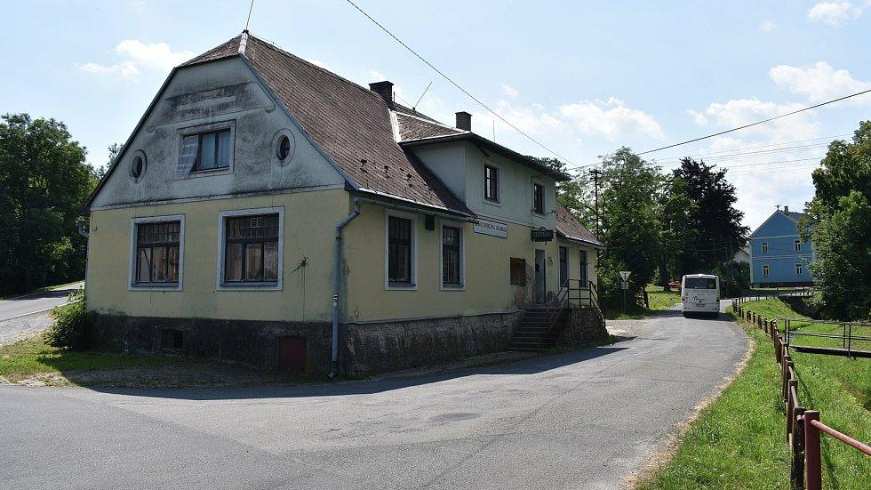 Velké Kunětice - hospoda Na Hranici.