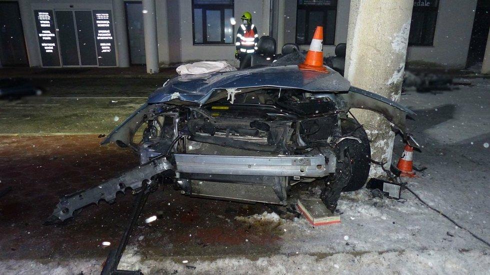 Nehoda v neděli 10. ledna večer na hraničním přechodu ve Zlatých Horách.
