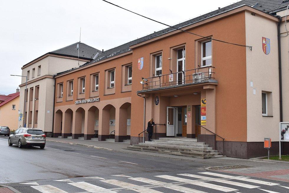 Mikulovice - obecní úřad