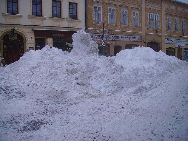 Snímky Milana Babíka mapují situaci v šumperských ulicích během čtvrtku 4. února