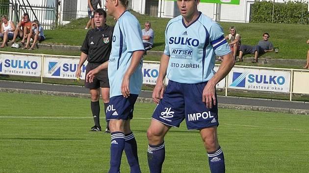 Lubomír Pinkava (vpopředí)