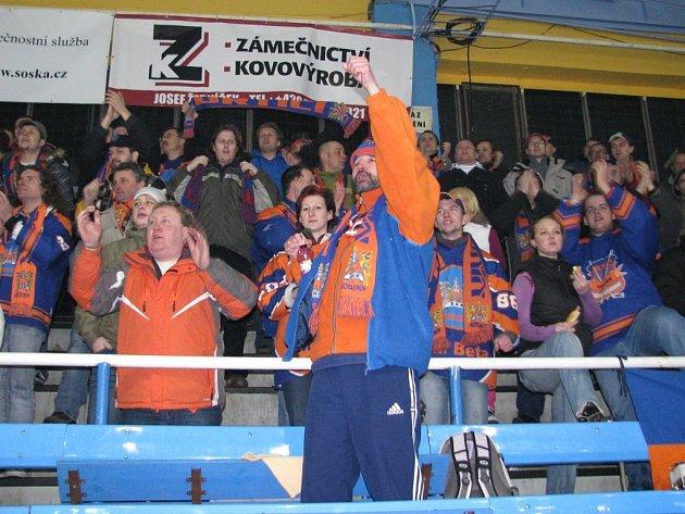 Hodonínští fanoušci na utkání v Šumperku.