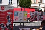 Prezentace sociálních služeb na Masarykově náměstí v Jeseníku.