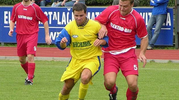 Michal Klemsa (žlutý dres).