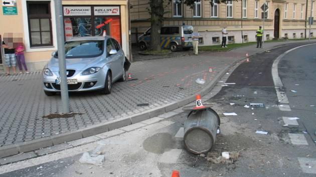 Opilý řidič havaroval v Žerotínově ulici v Šumperku.