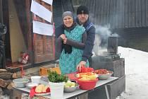 Soutěž ve vaření zelňačky ve Velkém Vrbně na Staroměstsku.
