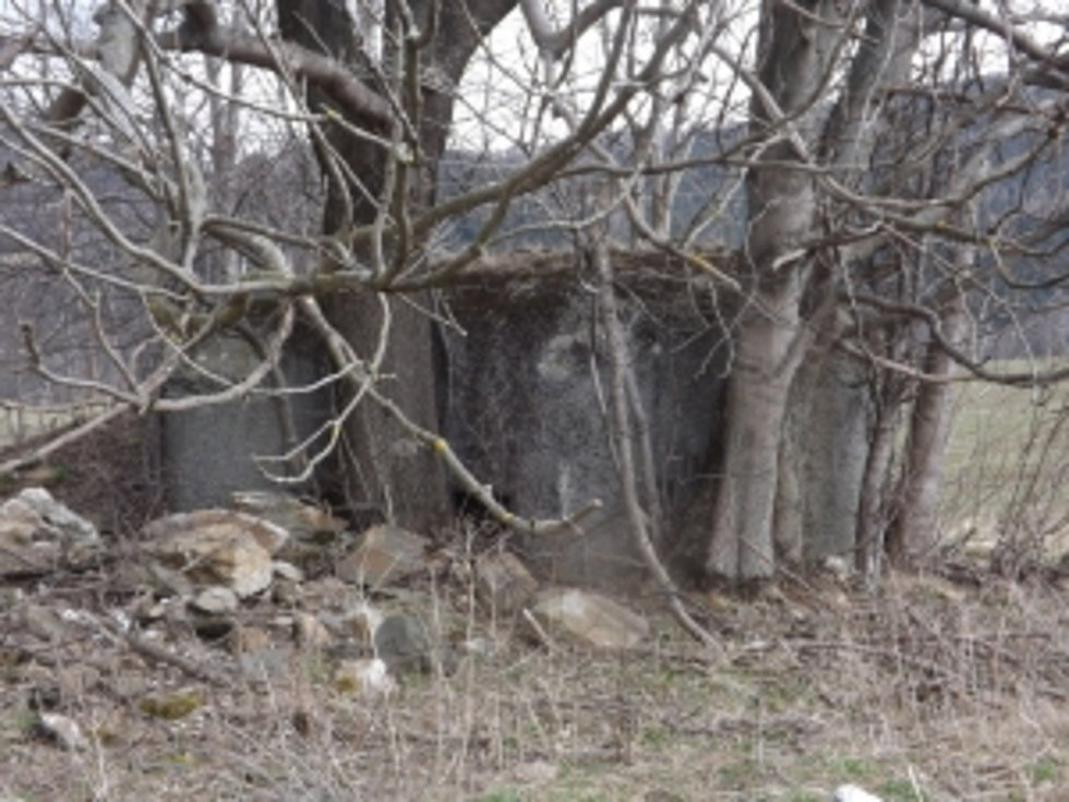 Objekt lehkého opevnění typu A-160 nad Adolfovicemi.