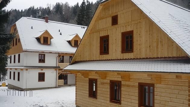 Nové budovy ve středisku ekologické výcghovy Švagrov.