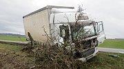 Bouračka náklaďáku u Rovenska