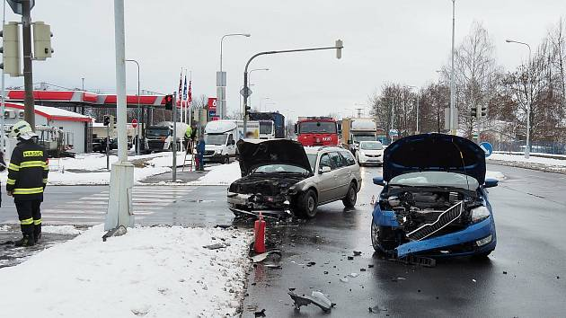 Nehoda na průtahu Šumperkem v pátek 15. ledna.