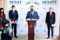 Senátor Mirek Adámek.