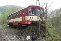 Mezi Hanušovicemi a Starým Městem vykolejil vlak.