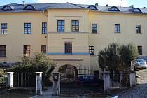 Budova Zámečku v centru Šumperku.