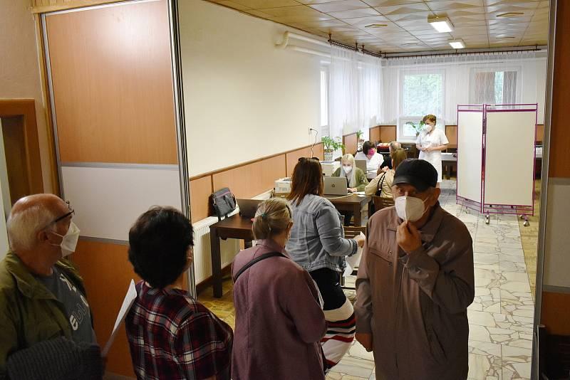 Mobilní očkovací tým v Hanušovicích, 17. srpna 2021