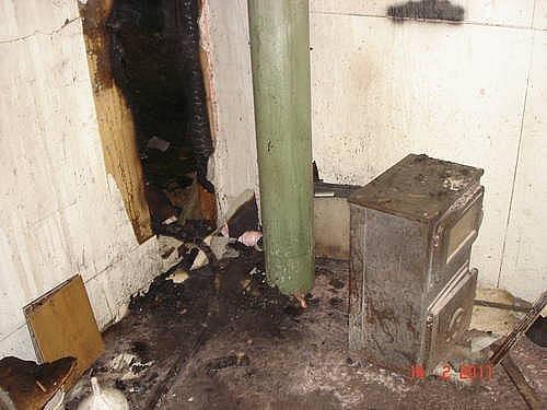 Zámečnická dílna v Příčné ulici po požáru