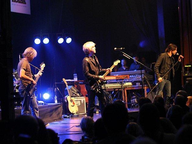 Kytarista Kenny Wayne Shepherd na 16. ročníku festivalu Blues Alive v Šumperku