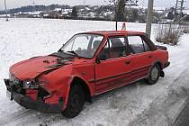 V Jestřebí se srazila tři auta