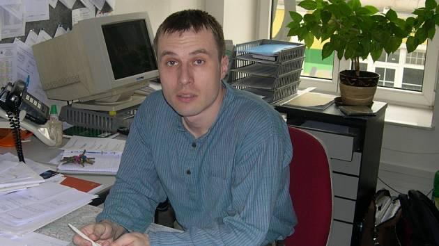 Bývalý kurátor pro mladistvé Miroslav Adámek byl jmenován ředitelem společnosti Pontis.