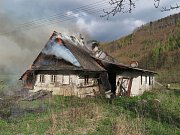 Požár domu 16. 4. 2017 v Hanušovicích.