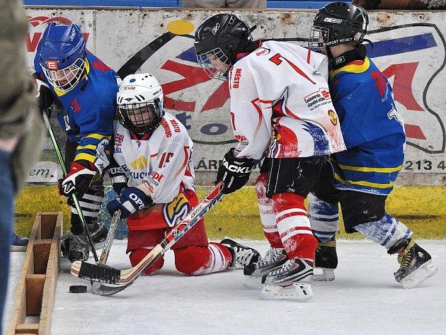 Snímky z minihokejového utkání Dráčat s Olomoucí