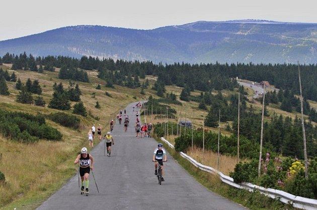 Dohromady 117 závodníků z několika zemí absolvovalo srpnový výjezd na Praděd.