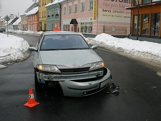 Snímky z dopravní nehody v Jeseníku