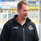 Martin Hosták na šumperském zimním stadionu.