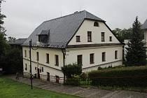 Priessnitzův dům v centru jesenických lázní.