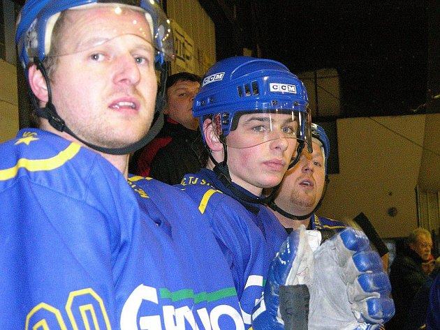 Šternberští hokejisté na archivním snímku