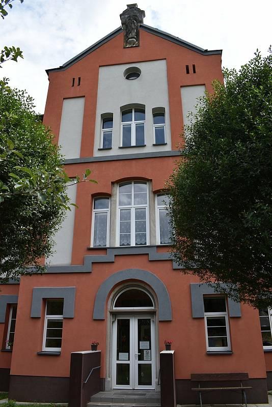 Supíkovice - škola.