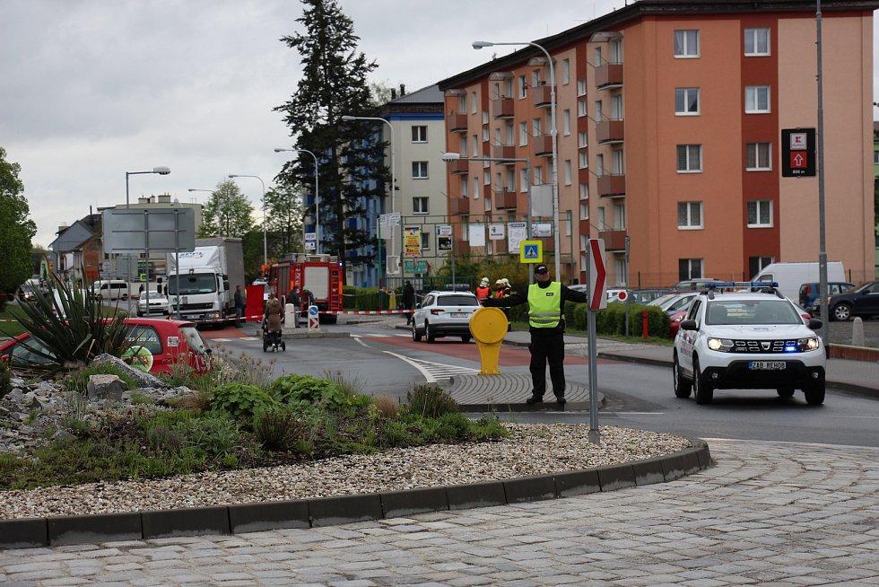 Tragická nehoda v Zábřehu, při níž v pondělí 29. dubna na ulici Československé armády zemřela seniorka.