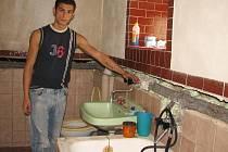 Vsetínští Romové žijí na Jesenicku v nevyhovujících podmínkách.