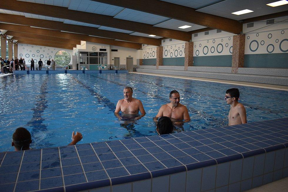 Bazén v Šumperku po rekonstrukci - slavnostní otevření 31.8.2020