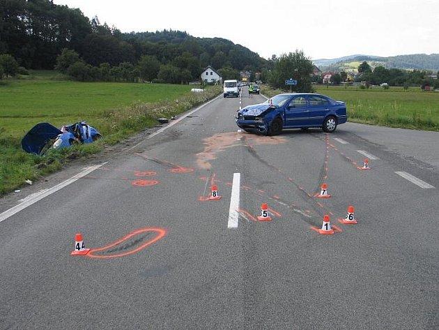 Snímky z dopravní nehody nedaleko Klášterce