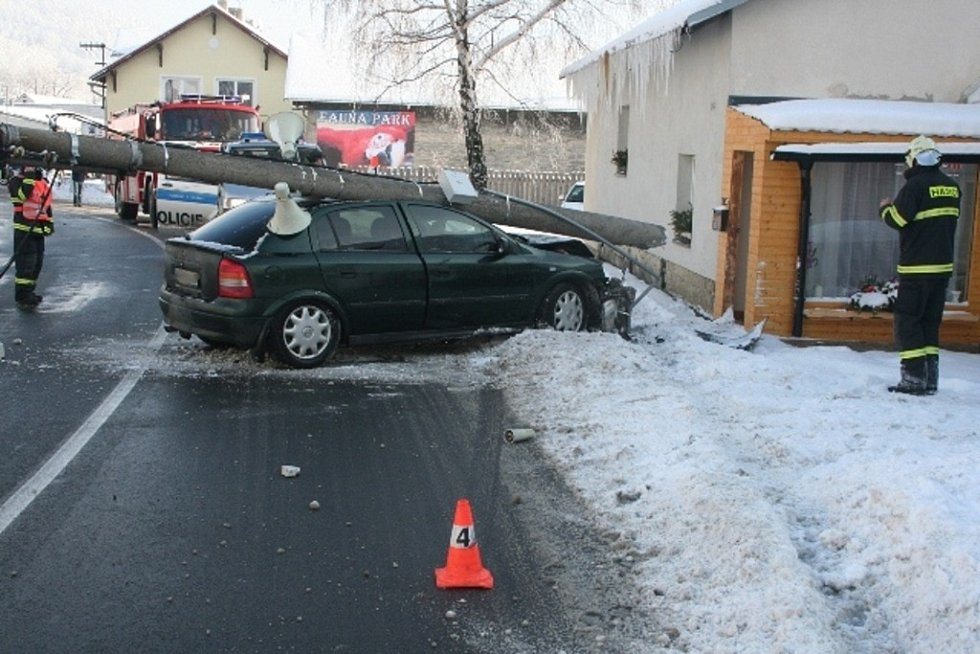 Víkendové dopravní nehody z Jesenicka.
