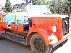 Nákladní vozidlo Opel Blitz, přestavěné na hasičský speciál, vlastní libinský spolek hasičů od roku 1949