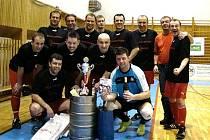 Snímky z vyhlášení výsledků Futsalové ligy Šumperka, tým Hoka