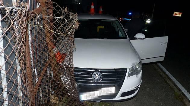 Dopravní nehoda mladé řidičky passatu v Jeseníku