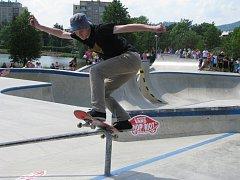 Vans shop riot - Závody skateboardistů v Šumperku