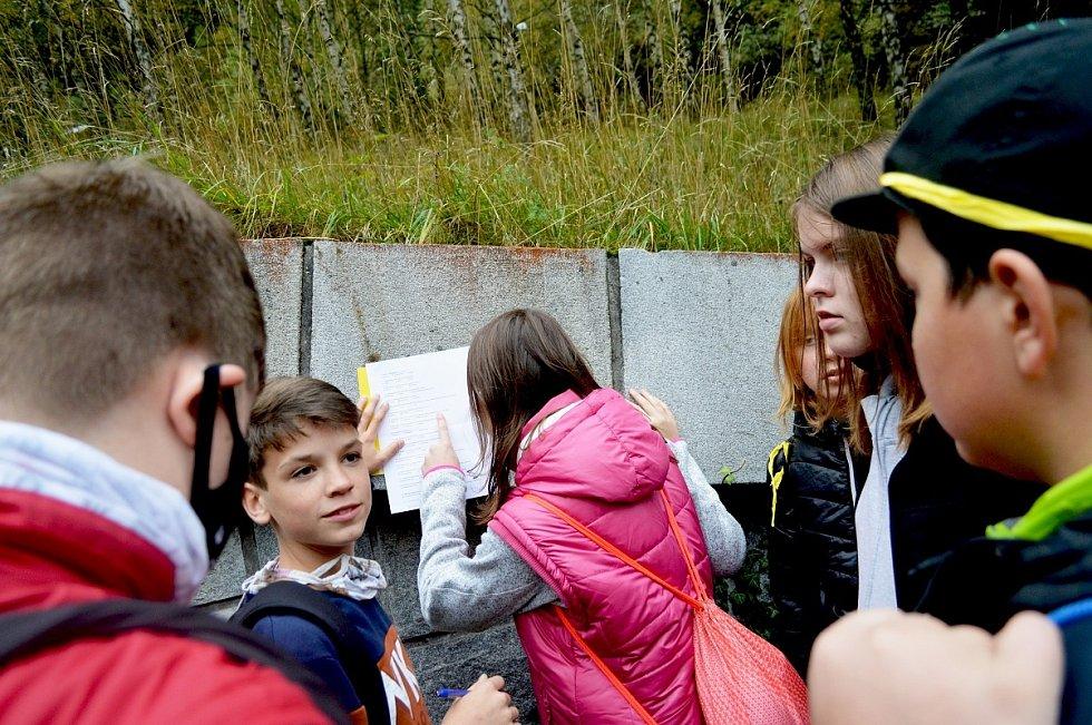 3 - Školáci vyplňují test o elektrárně Dlouhé stráně