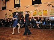 Ples jako pozvánka na premiéru? Divadelníci ve Václavově u Zábřeha ho letos okořenili malou ochutnávkou z připravované satirické komedie Mandragora.