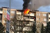 Požár bytu v panelovém domě v Čajkovského ulici v Šumperku.