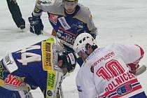 Hokejisté Šumperka v utkání s Třebíčí.