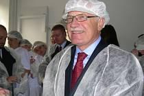 Naposledy byl prezident Václav Klaus na Šumpersku v říjnu 2004 kdy navštívil i loštickou tvaružkárnu.