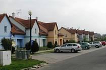 V Novém Malíně vznikají celé nové ulice s rodinnými domy. Nejde ale o žádné satelitní městečko, obec se přirozeně rozvíjí do všech světových stran.