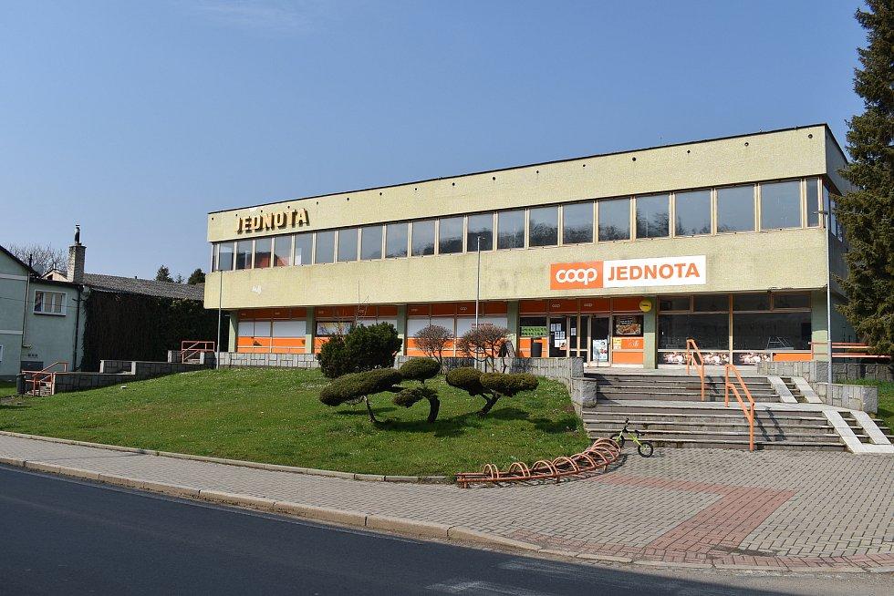 Město Úsov - obchod